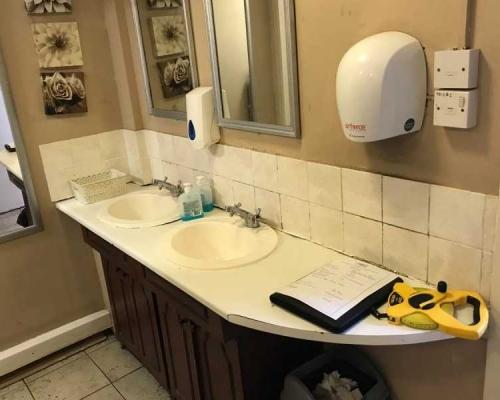 commercial-toilet-refurb2