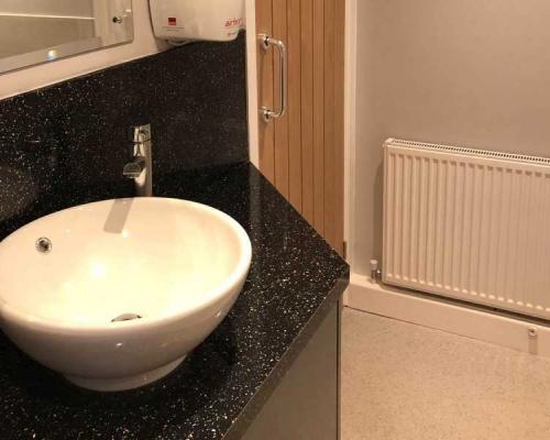 commercial-toilet-refurb4