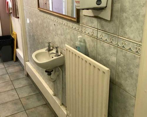 toilet-refurb3